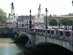 Puente de María Cristina, en San Sebastián (Eu...