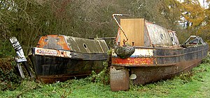 English: A life off the canal Narrow boats 'be...