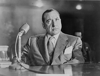 Frank Costello, American mobster, testifying b...