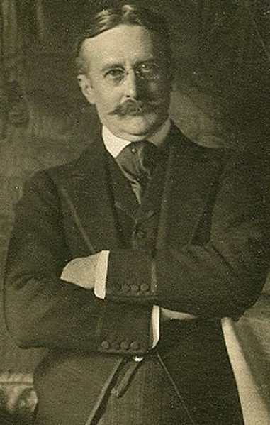 File:Harry Gordon Selfridge circa 1910.jpg