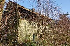 Urban exploring, abandoned house
