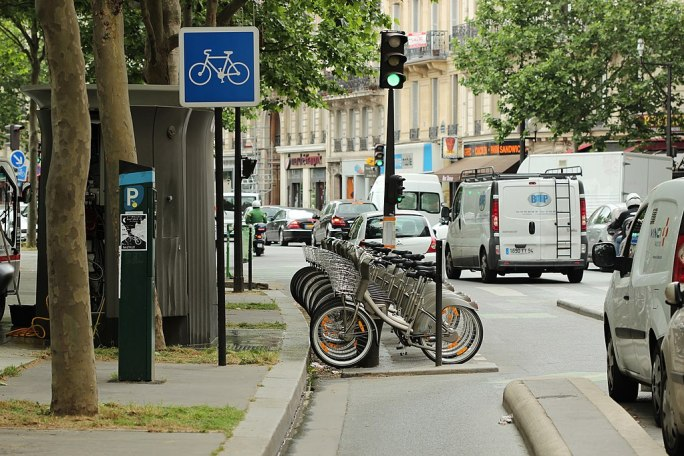 Boulevard Richard-Lenoir (Paris), piste cyclable 02