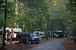 English: RV area at Chicot State Park in Evang...