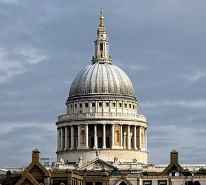 English: Dome of the Saint Paul's Cathedral se...