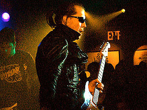 English: Guitarist Link Wray photographed at T...