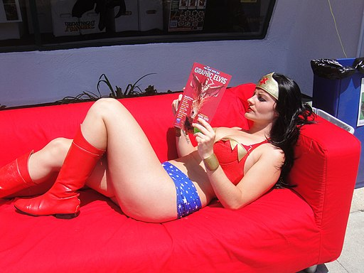 Wonder Woman Cosplayer relaxes with a good book - Free Comic Book Day 2012