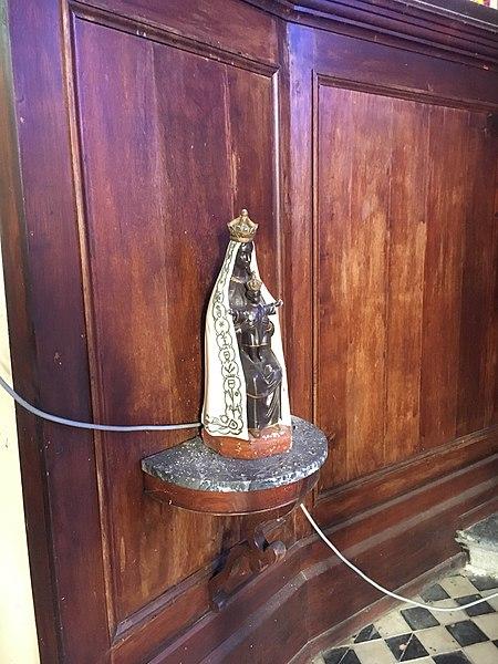 Fichier: Église Saint-Martin de Floyon vierge à l'enfant.JPG