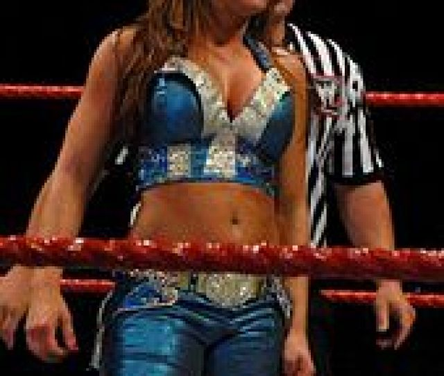Divas Champion And Feud With Laycool  Edit