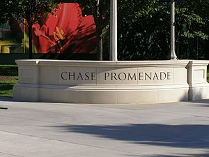 English: Entry to Chase Promenade (Chicago)