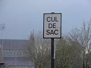 A cul-de-sac sign in Dublin, Ireland.