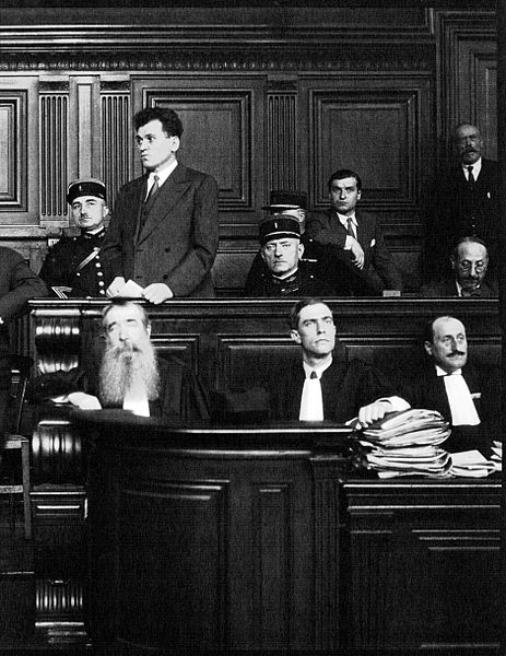 "Paul Gorgulov (or ""Gorguloff"", 1895-1932), assassin of the french president Paul Doumer, in the dock of the cour d'Assises de la Seine in Paris, July 1932."