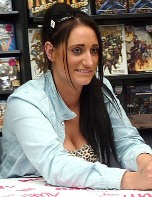Lauren Socha of Misfits doing a signing