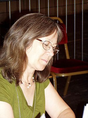 English: Robin Hobb at Worldcon 2005 in Glasgo...
