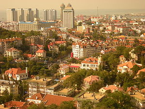English: City_View_Of_Qingdao ‪中文(简体)‬: 从信号山...