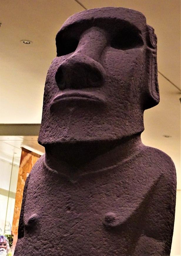 Hoa Hakananai'a - Moai from Easter Island - Joy of Museums 3