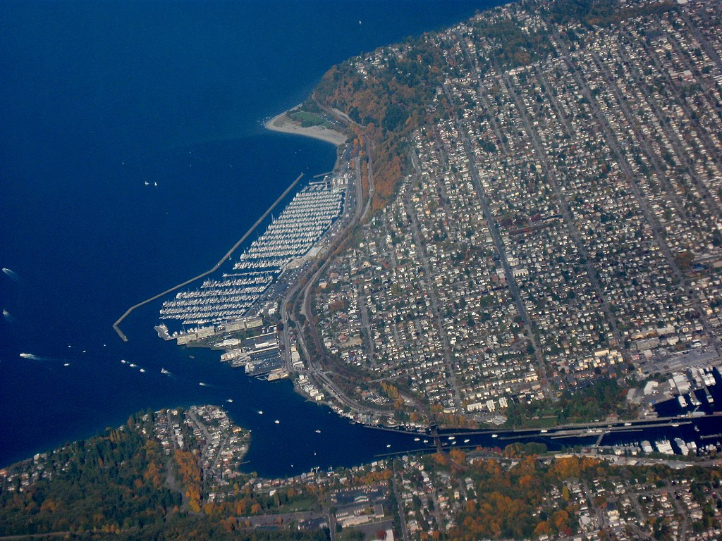 File Aerial View Of Ballard Seattle Jpg Wikimedia Commons