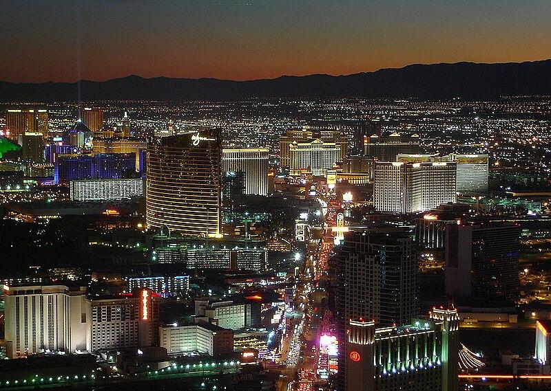 Berkas:Las Vegas Strip2.jpg