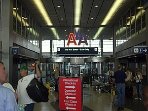 English: O'Hare_International_Airport - Termin...
