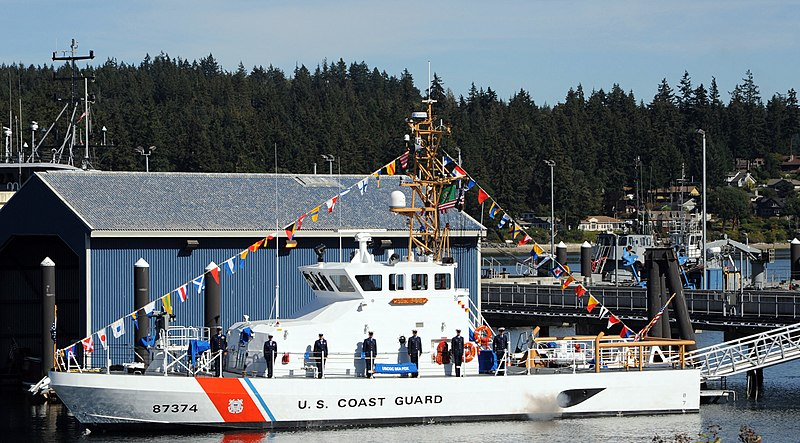 File:US Navy 090818-N-1325N-003 U. S. Coast Guardsmen man the rails as the U.S. Coast Guard Cutter Sea Fox (WPB 87374) is brought to life at Naval Base Kitsap.jpg