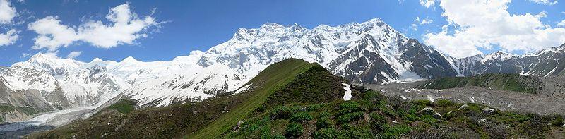 Vista panorámica del Nanga Parbat, también conocido en inglés como Killer Mountain o Montaña Asesina.