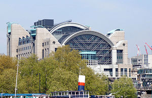 English: The all new Charing Cross station in ...