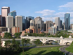 English: A view of the Calgary skyline in Albe...