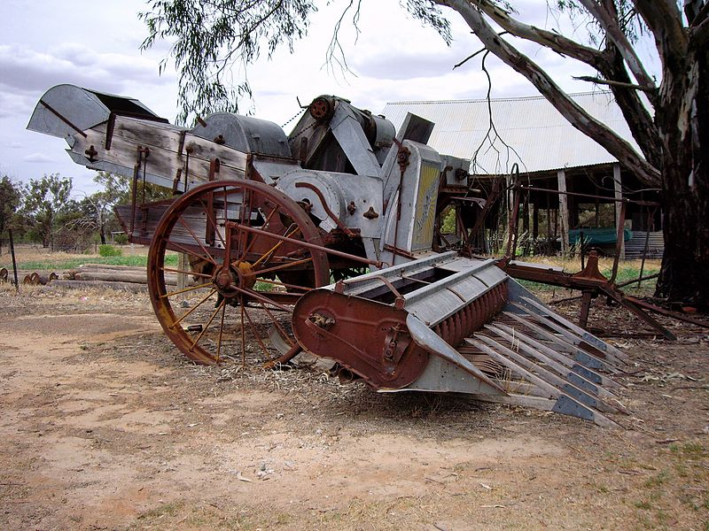File:Old Style Harvester.jpg