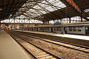 Français : Quai de la Gare Saint Lazare - Pari...