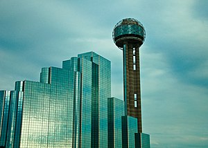 English: A view of Reunion Tower and Hyatt Reg...