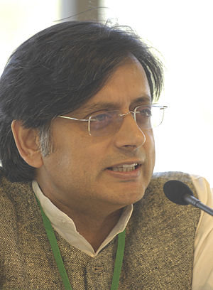 Shashi Tharoor at the MEDEF Université d'été