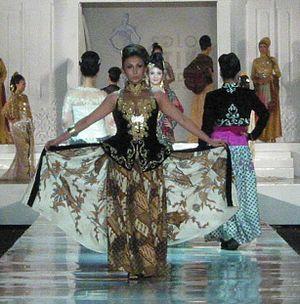 Solo Batik Fashion 2011