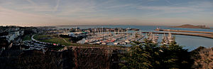 English: A panoramic view of Howth harbour.