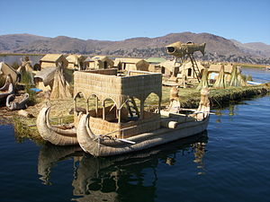Picture of a Peruvian boat at the Floating Isl...