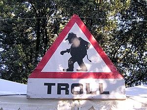 pt: Aviso de Troll en: Troll Warning