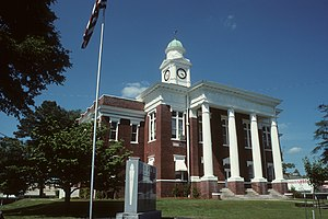 English: Attala County courthouse in Kosciusko...