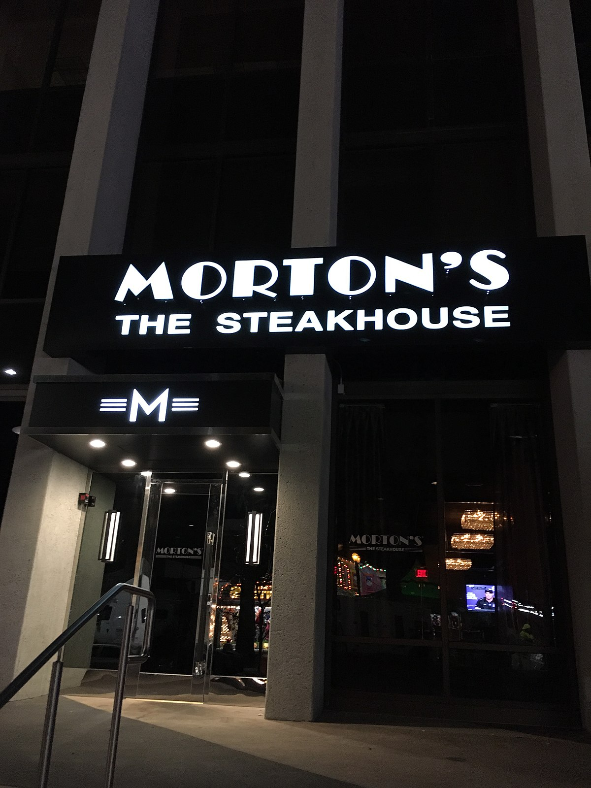 Best Seafood Restaurant Nearby