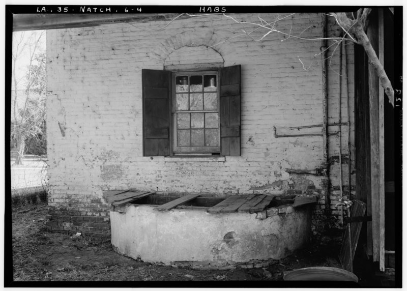 Historic American Buildings Survey Lester Jones, Photographer February 28, 1940 CISTERN DETAIL AT REAR OF HOUSE - Lemee House, 310 Jefferson Street, Natchitoches, Natchitoches HABS LA,35-NATCH,6-4