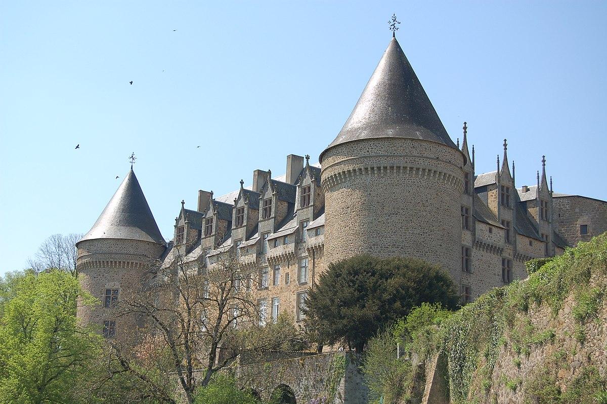 Castillo De Rochechouart Wikipedia La Enciclopedia Libre