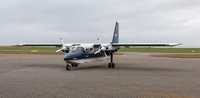 File:Juist, Flugplatz, Britten-Norman Islander -- 2014 ...