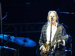English: Neil Young performing at Primavera So...