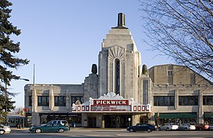 The Pickwick Theatre in downtown Park Ridge, I...
