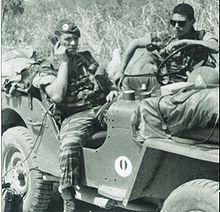 Le Colonel Érulin, chef de corps du 2eme REP, en Jeep lors de l'opération à Kolwezi en 1978