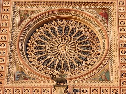 Duomo Orvieto facciata rosone 08-09-08 f01