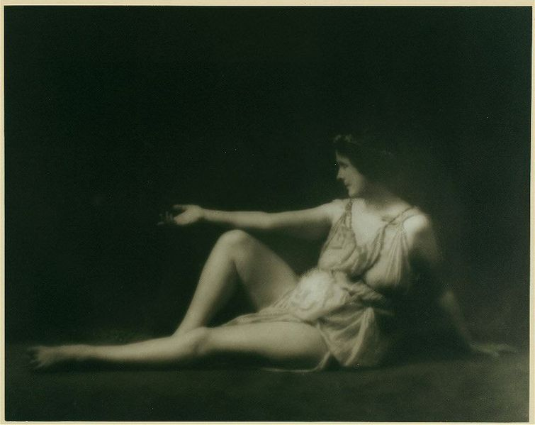 Isadora Duncan 1.jpg