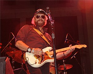 Photo of musician Hank Williams, Jr. in concer...