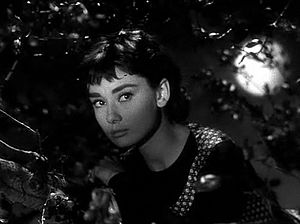 English: Screenshot of Audrey Hepburn from the...
