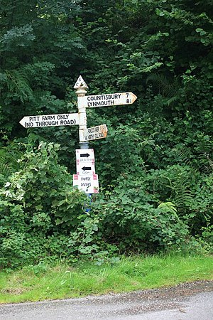 English: Signpost at the top of the toll road
