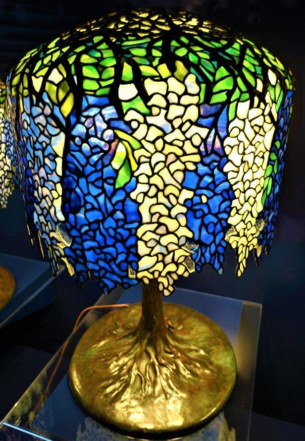 Wisteria Table Lamp - Tiffany Lamp - www.joyofmuseums.com - New-York Historical Society 2