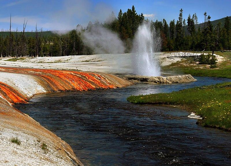 File:Firehole river at Upper Geyser Basin-2008-june.jpg