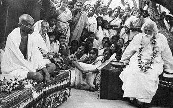 English: Rabindranath Tagore with Mahatma Gand...